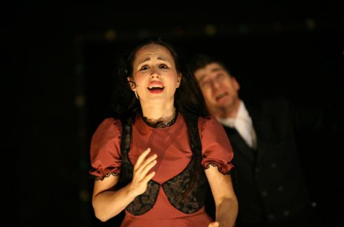Jagoda Stach (Poland), Łukasz Mazurek (Poland), in Noah's Ark. The New End of Europe, Teatr Nowy, Poznań, 2008 © Marta Stawska-Puchalska