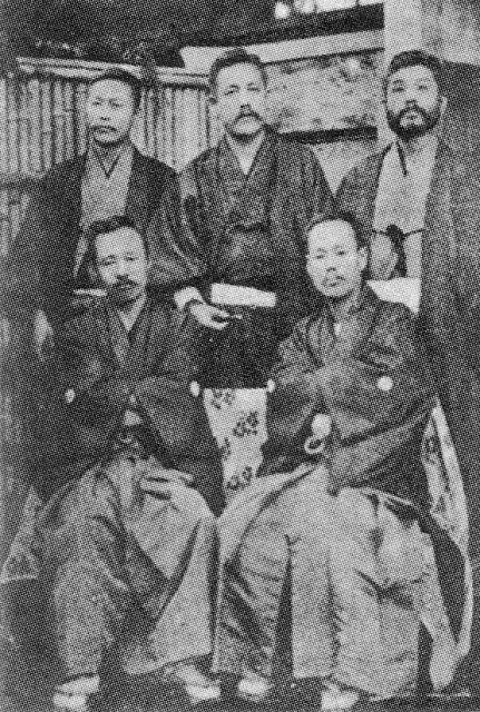 Takeji Miki (bottom right), Ōgai