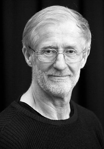 mats ek essay Mats ek in a nutshell ek was born in mälmo (sweden) on the 18 th of april 1945 to birgit cullberg, dancer, choreographer and founder of cullberg ballet, and anders ek (one of ingmar bergman's favourite actors.