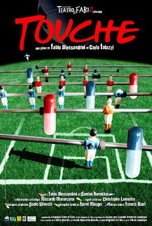 La pièce « Touche » est basée sur des faits réellement arrivés dans le football italien.