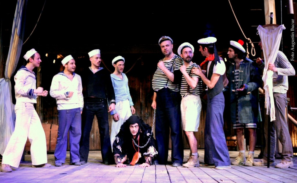 Pop culture and entertainment in The Tempest. Photo: Augustin Bucur