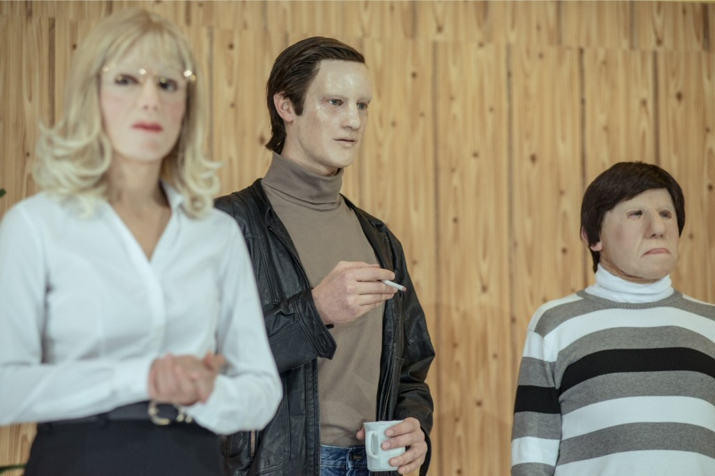 A scene from the Münchner Kammerspiele production of Why Does Herr R. Run Amok? Photo by JUOstkreuz