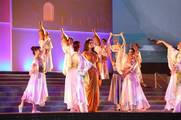 Scene from the Festival's opening. Photo: Fujairah International Arts Festival
