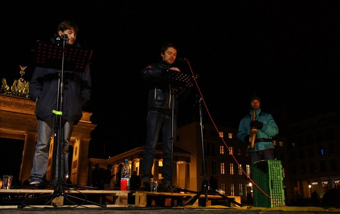 Asylum Monologues at Refugee Protest in front of Brandenburg Gate, Photographer Jonas Wuestefeld