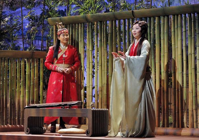 Bao Yu (Yijie Shi) and Dai Yu (Pureum Jo). The Romeo and Juliet of China, dreaming of a life of music and poetry. Photo: Cory Weaver/San Francisco Opera
