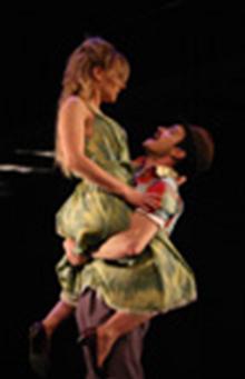 Sebastien Ricard (le Tambour-Major) et Evelyne Rompré (Marie) © Lydia Pawelak