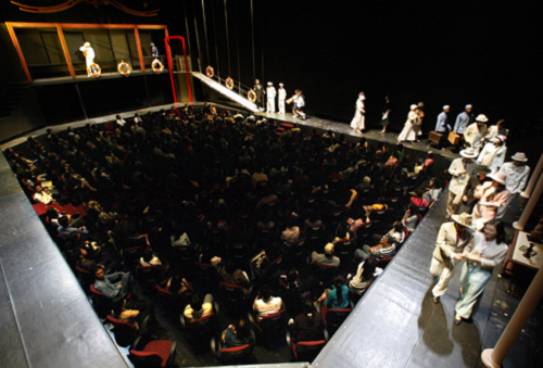 A Dream Like a Dream: playwright/director: Stan Lai. Company: Performance Workshop Theatre Taiwan. Theatre venuer: National Theatre, Taipei, Taiwan. Date of the premiere: 2000/5/18. This production's premiere: 2005/4/24. Photograph by Wang Jinghe.