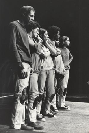 7 Hélio Ari, Fernando Peixoto, Isabel Ribeiro, Benê, Zezé Motta and Cecília Thumin Boal, in Arena Conta Zumbi (Arena tells Zumbi), México 1970 © Emanuel (Courtesy of Augusto Boal Archive UNIRIO)