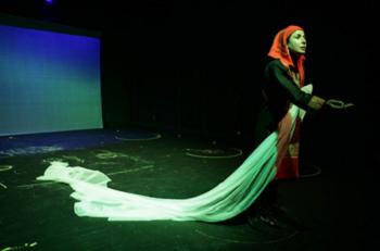 Sima Tirandaz in Parikhani-e Love & Stone