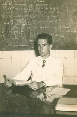 1 Boal graduates in Industrial Chemestry, 1952 © Augusto Boal Archive UNIRIO