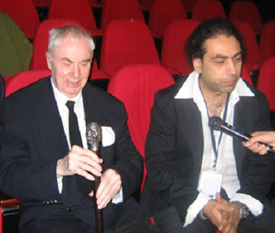 Eric Bentley and his Thalia Prize awarded by IATC in Seoul (2006) and Dragoş Buhagiar, the Romanian stage designer who has designed the trophy. Photo by Ioana Moldovan.