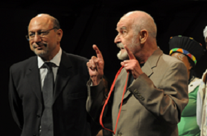 Athol Fugard (with the key of the Fugard Theatre) and Trevor Manuel © Roger Bosch