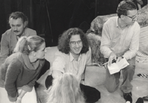 17 Boal with the cast of Nada mais a Calingasta (Calingasta), world première of Julio Cortázar's play, directed by Boal at the Schauspielhaus in Graz – Áustria, 1982 © Augusto Boal Archive UNIRIO