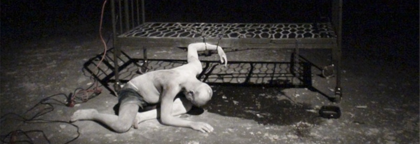 Xola Mda as the Broken Man, in Orfeus