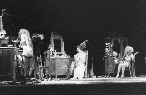 Luísa Cruz, Rita Blanco, Maria João Luís, in Antes que a noite venha, Teatro da Cornucópia 1992