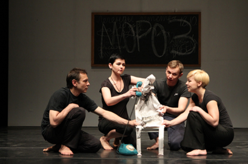 Oleg Sidorchik, Yana Rusakevich, Pavel Gorodnitski and Marina Yurevich, in the Public Theater's presentation of Belarus Free Theatre's Zone of Silence directed by Vladimir Shcherban ; and conceived by Shcherban, Natalya Kolyada and Nikolai Khalezin, La MaMa E.T.C., April 2011 © Joan Marcus, La MaMa E.T.C., New York City (USA)