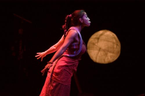 Carla Galvão, dans Cabo Verde (Cape Vert). Mise en scène : Miguel Seabra. Production : Teatro Meridional, 2007 © Patrícia Poção