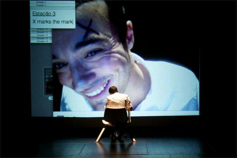 Teatro Praga's Israel in Lisbon (Portugal) © Alipio Padilha, 2011