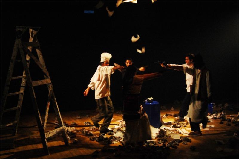 Sarang Sathaye, Radhiak Apte, Sagar Deshmukh, Omkar Govardhan and Rupali Bhave in Kashmir Kashmir, written by Ramu Ramanathan, directed by Mohit Takalkar for Aasakta Kalamanch at Orchid School Auditorium in Pune (India) © Sarang Sathaye & Mohit Takalkar, August 2010