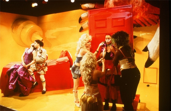 Red Frogs written by Ruth Margraff and directed by Elyse Singer for Hourglass Group at P.S. 122 in New York City (USA) © Courtesy of Ruth Margraff, February 2002