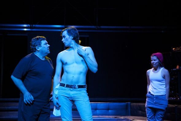 Young Moritz (Johannes Holopainen) resembles Michelangelo's David, and both Veijo (Juha Muje) and his daughter Rebekka (Anna Paavilainen, right) are infatuated. © Laura Malmivaara
