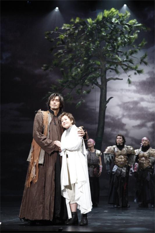 Cymbeline, dir. Yukio Ninagawa, Saitama Arts Theatre, 2-21 April 2012. © Takahiro Watanabe