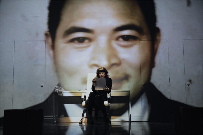Marie Brassard (Madeleine) dans Je pense à Yu de Carole Fréchette, mise en scène de Marie Gignac. © Valérie Remise.