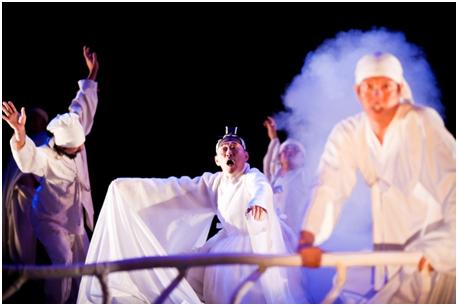 Le naufrage. Photo © Hanguk Performing Arts Center(HanPAC)