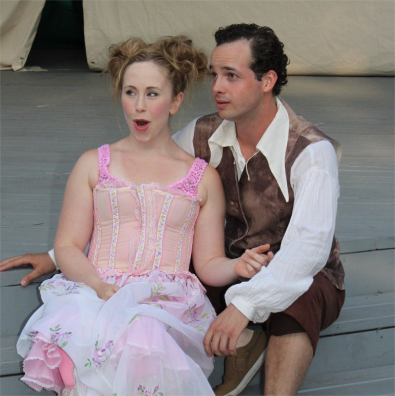 Hermia (Lana Sugarman) with her love interest Lysander (Warren Bain). © Lynne Chagnon