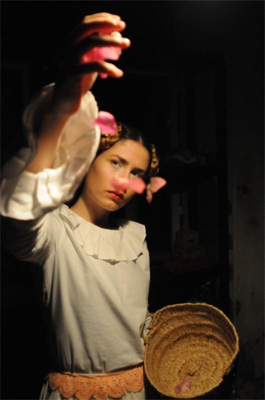 Sara Carinhas in Húmus, perfinst directed by Luís Castro (based on Raul Brandão's novel), Karnart, Lisbon 2010 © Patrícia Rego