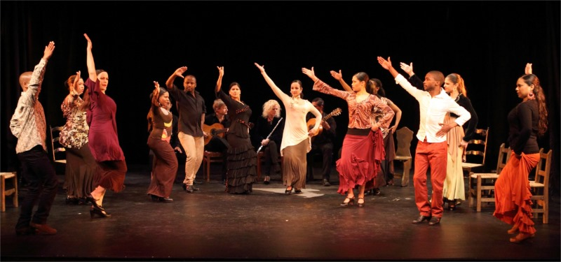 "The entire cast of Peña in ""Buleira"" © Pat Bromilow-Downing"