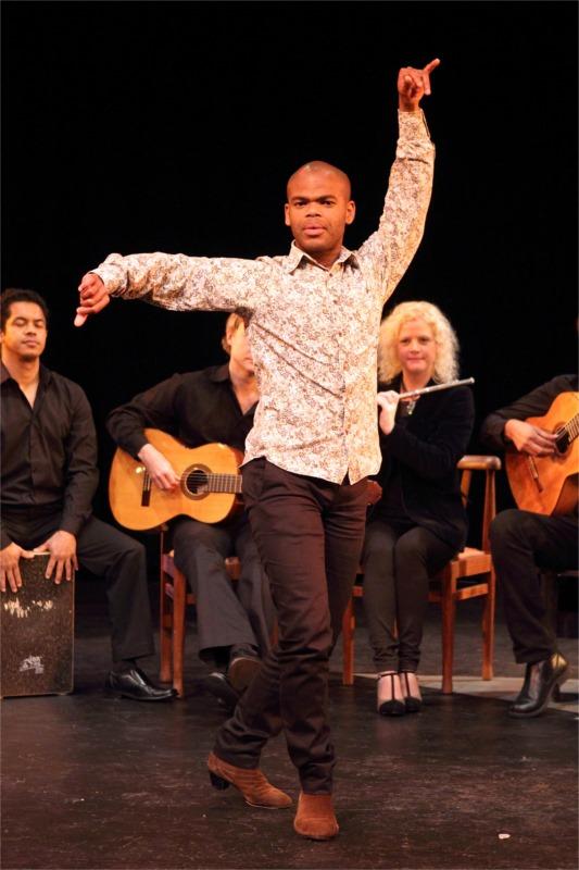 """Soloist Luvuyo Simandla in """"Soloea por Buleria"""" © Pat Bromilow-Downing"""