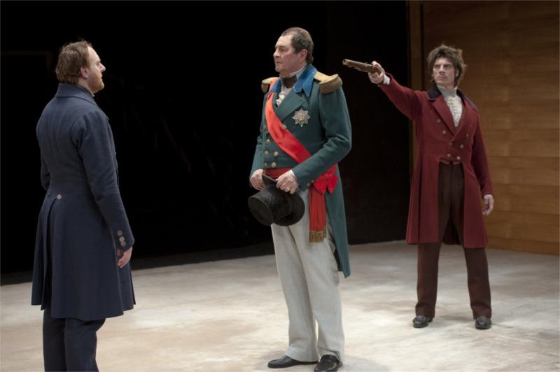 « Hernani » de Victor Hugo, mis en scène par Nicolas Lormeau à la Comédie-Française, Janvier 2013 © Brigitte Enguérand