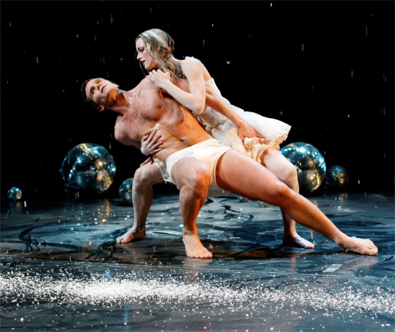 "Scene from ""The Swan,"" choreographed by Lára Stefánsdóttir and performed by the Íslenski dansflokkurinn (The Icelandic Dance Company), 2013."