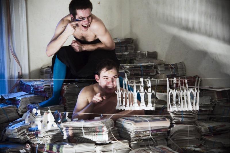 """Zoltán Lendváczky and Ákos Orosz in Maladype Theatre's """"King Ubu"""" (dir. Zoltán Balázs). © Attila Kovács-Kotipas"""