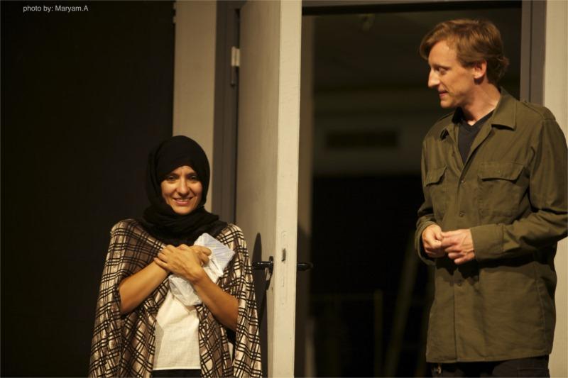 « Bahman-Bagdad » de Shabnam Tolouei avec le Groupe théâtral Farda (Demain) ; Théâtre Krefeld-Mönchengladbach (Allemagne) 2006 © Maryam Ashrafi